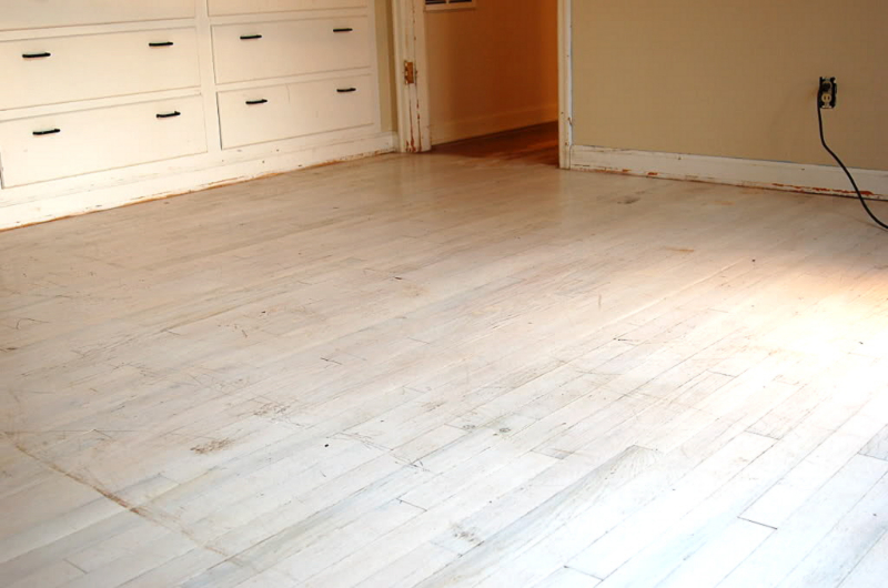 Refinished red oak floor-before restoration