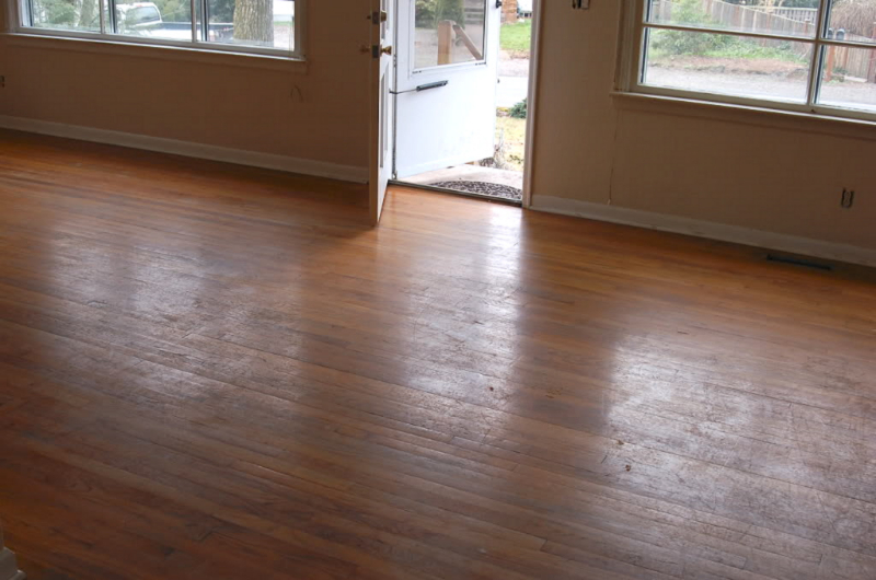 Salem Oregon Red Oak hardwood floor restoration and refinishing